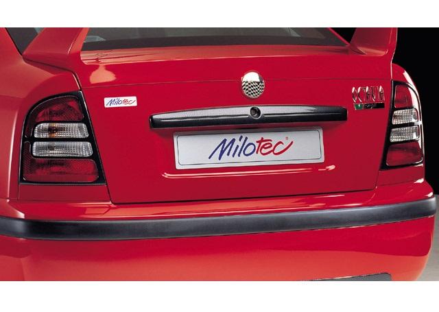Milotec kryty zadních světel (masky) - ABS karbon, Škoda Octavia Limousine Facelift