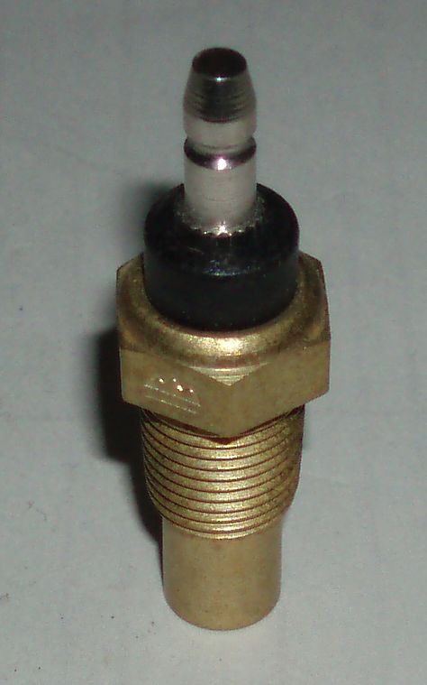 Snímač teploty motoru